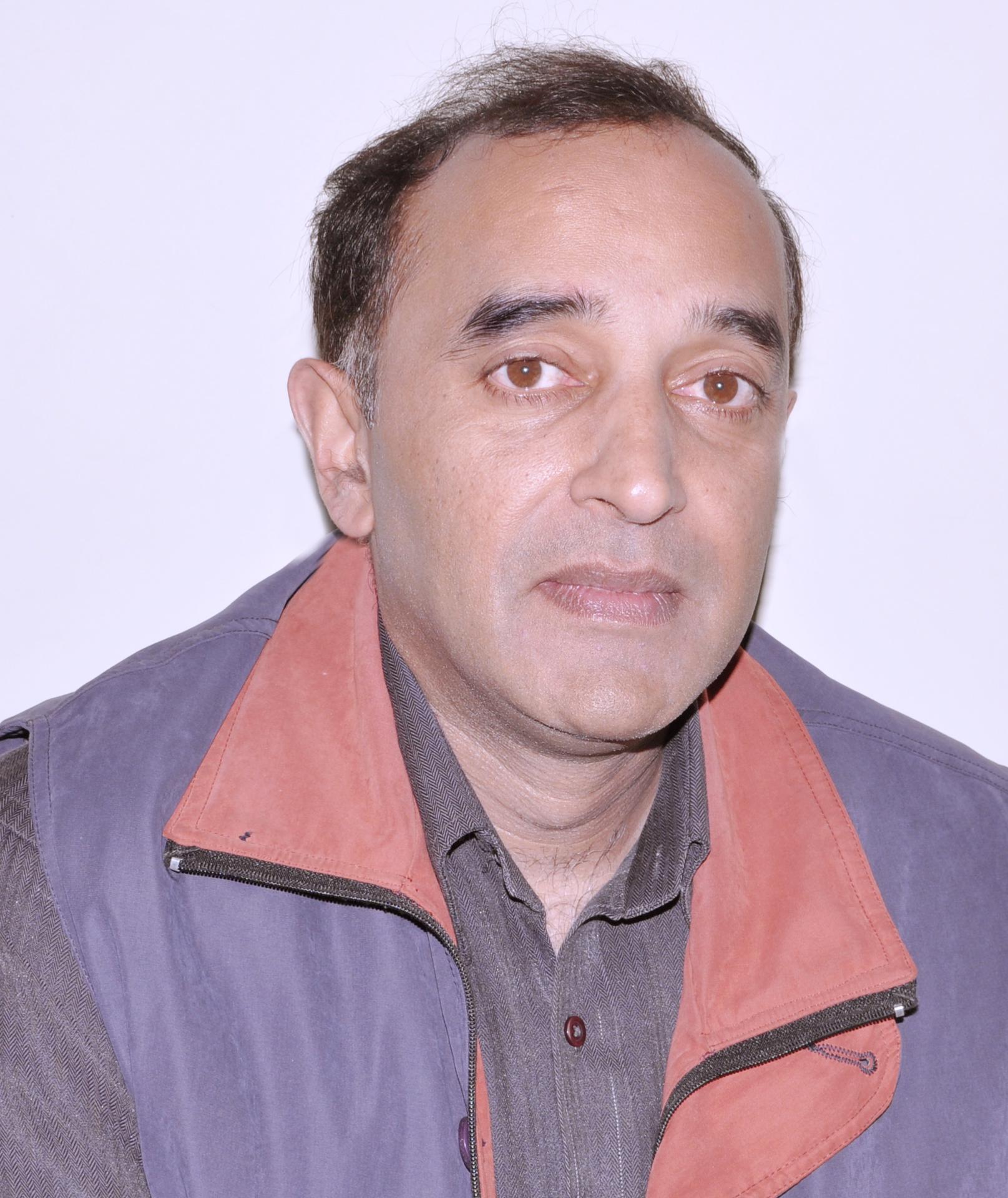 Dr. Amit Joshi
